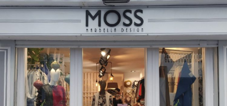 MOSS CASUAL